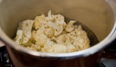 Отвариваем цветную капусту для супа
