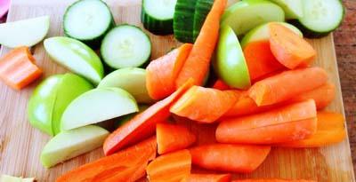 Фрукты и овощи - еда в дорогу