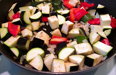 Тушим овощное рагу