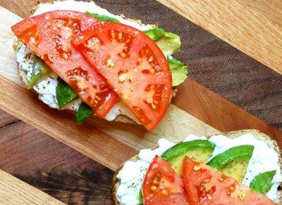 как приготовить из творога несладкую массу с томатом