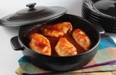 Куриная грудка в томатной пасте готова
