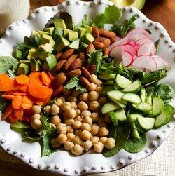 Питательный салат - постный рецепт
