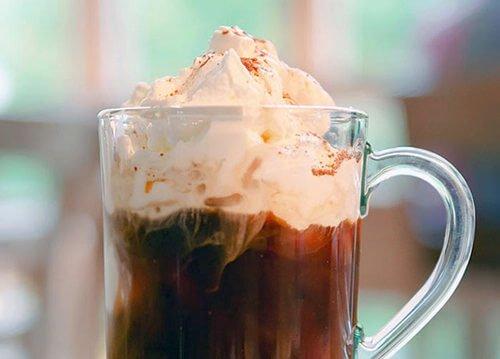 Кофе гляссе с мороженым