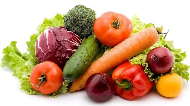 Свежие овощи: томаты, перцы, огурцы и тд